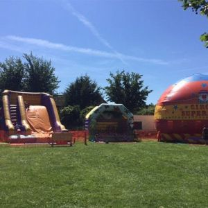 Inflatable Fun Days @ Grassacres Park